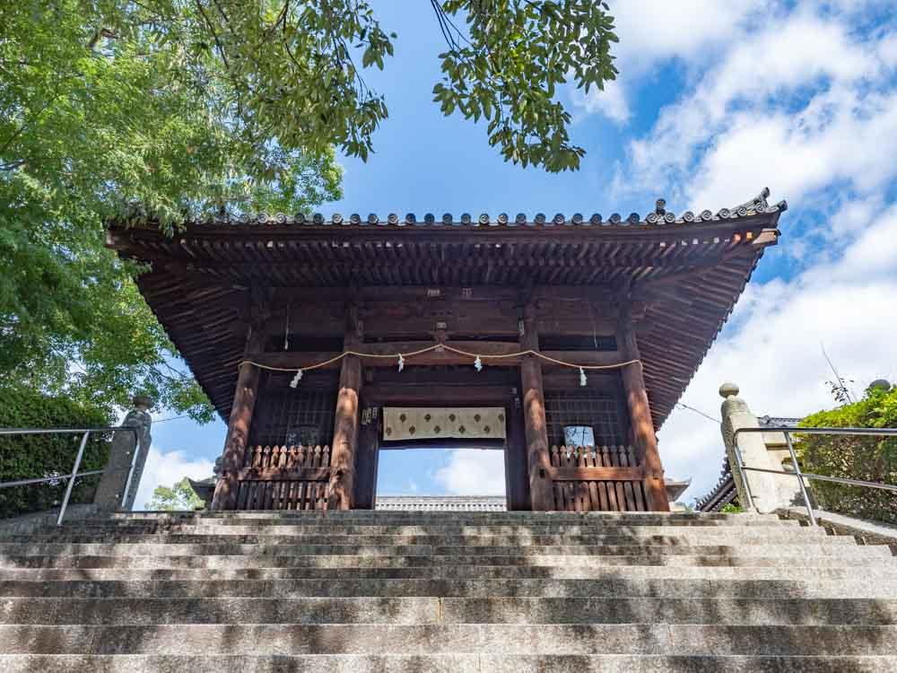 阿智神社 随神門