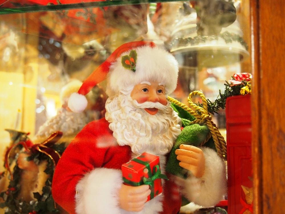 ファーザークリスマス サンタの人形