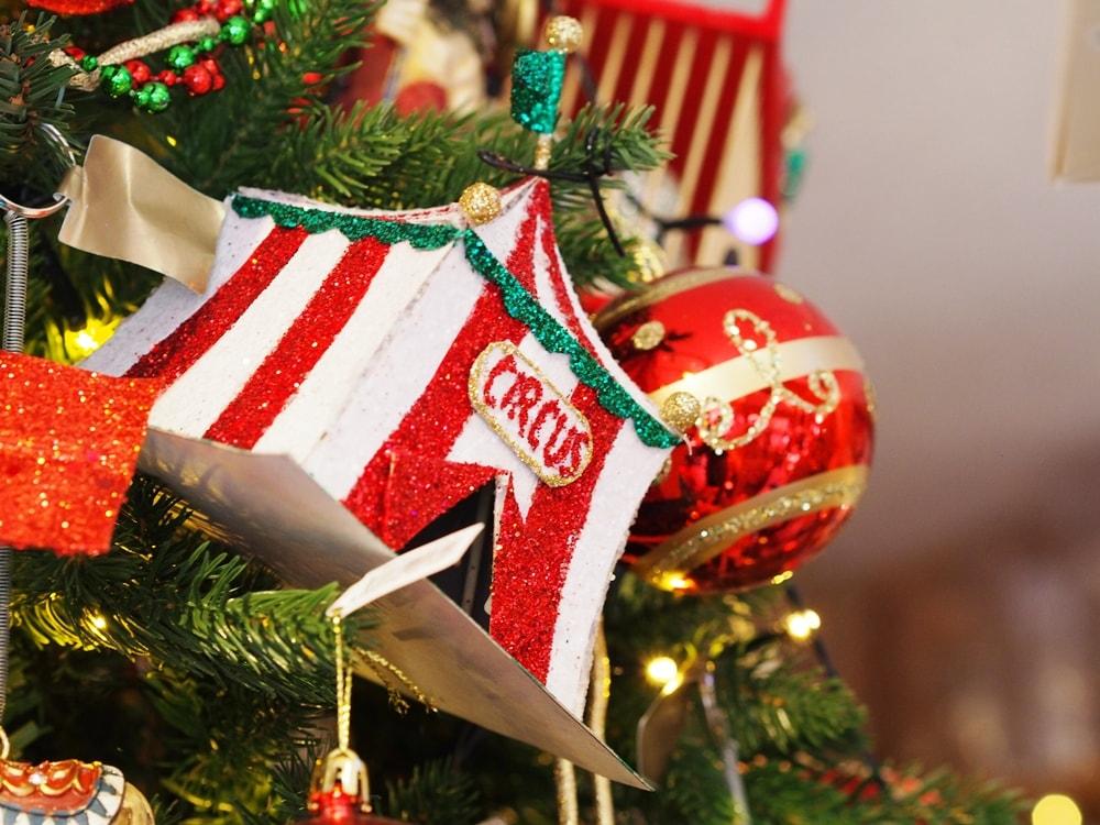 ファーザークリスマス サーカスツリー