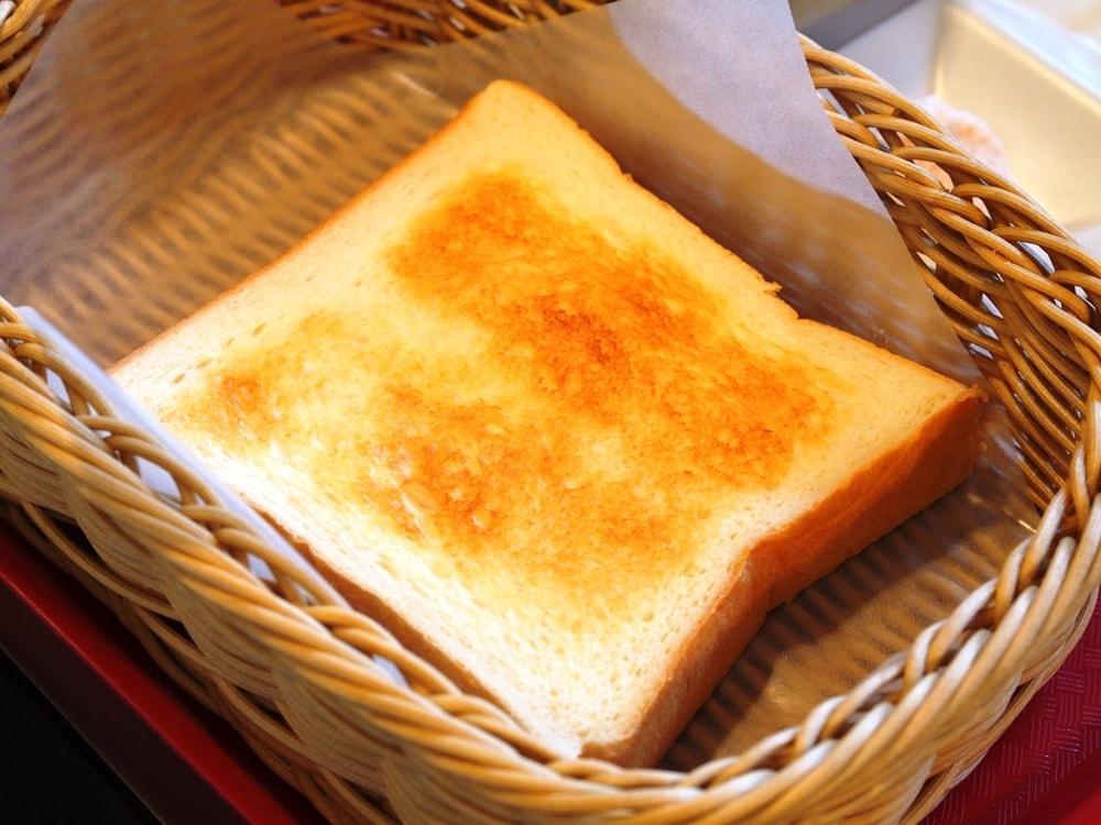 カフェビスキュイ トースト