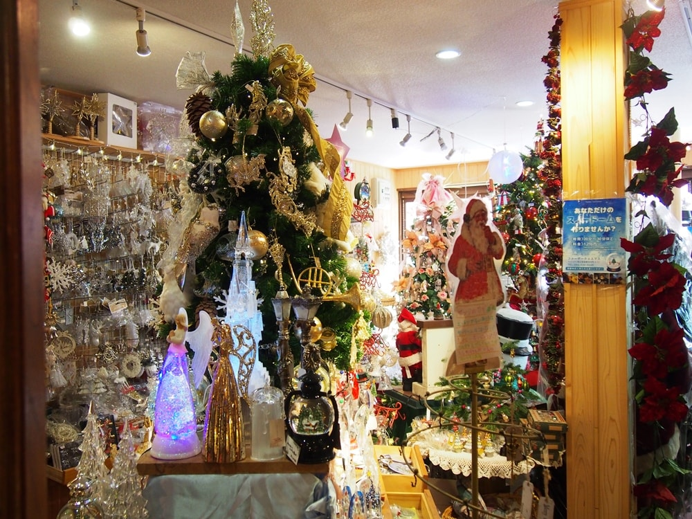 ファザークリスマス 店内