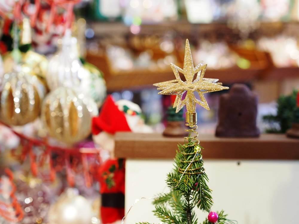 ファーザークリスマス店内