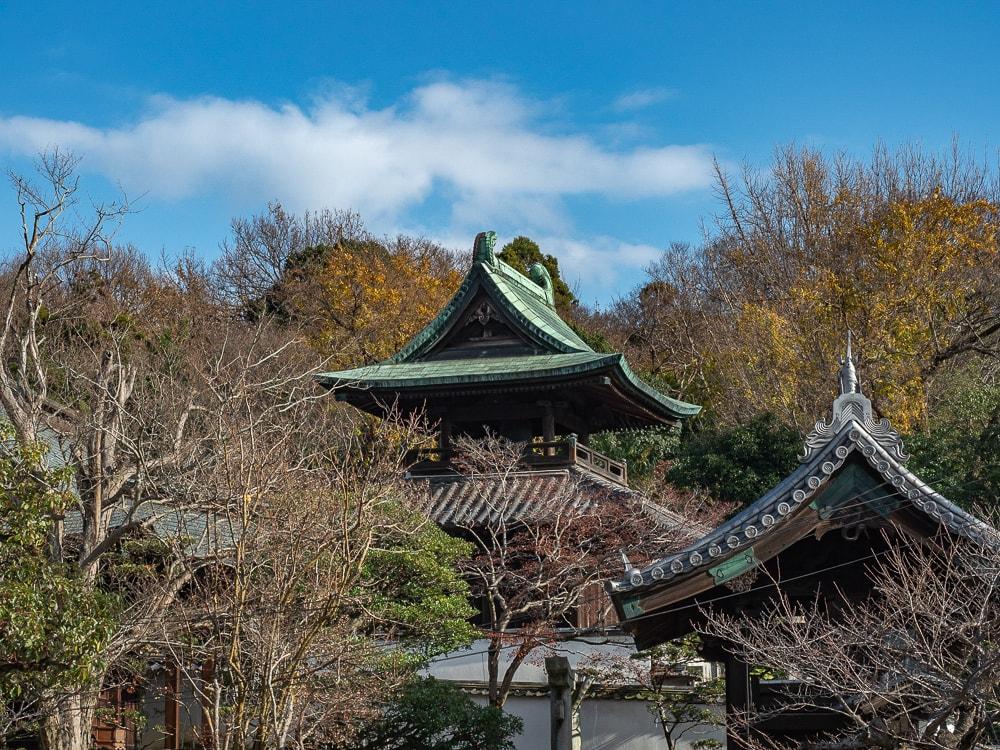 観龍寺 境内東側の鐘楼