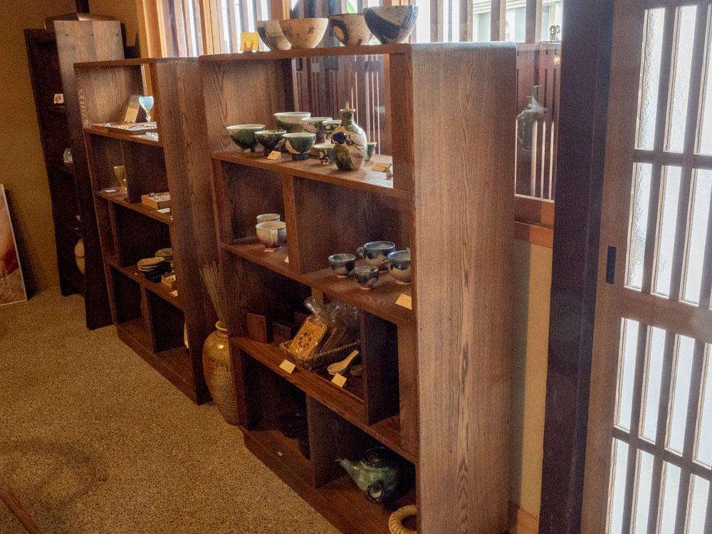 倉敷中島屋:展示さている陶器・小物類