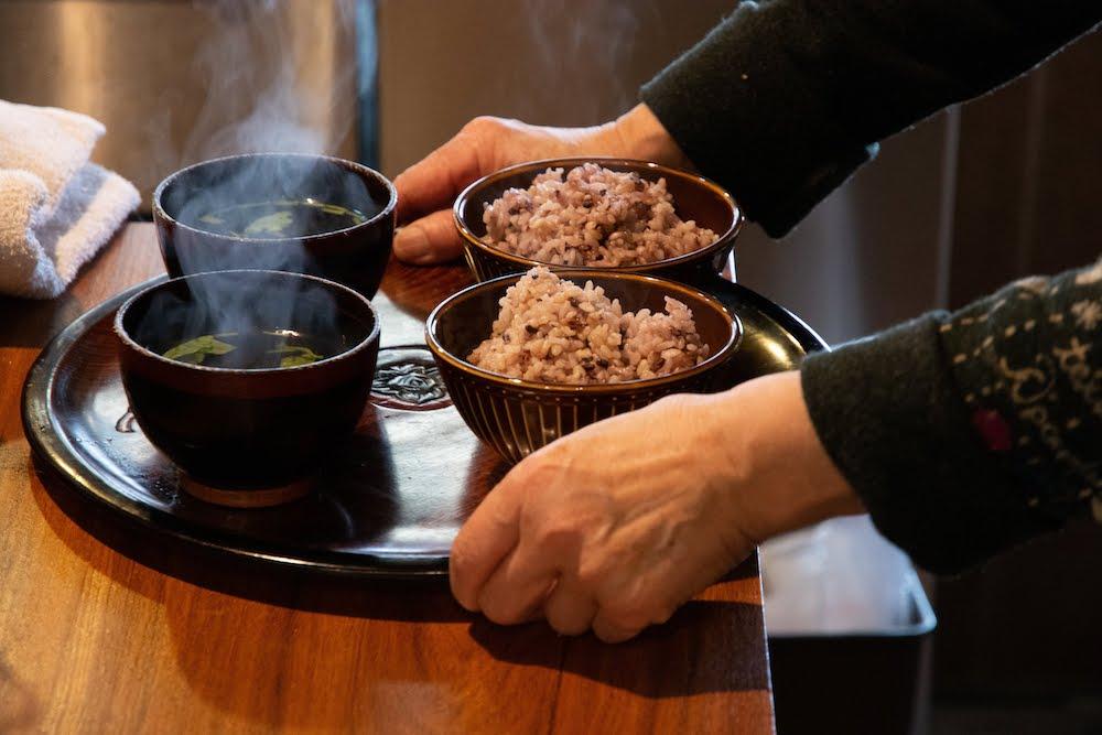 雑穀米の元気米ごはんと吸い物