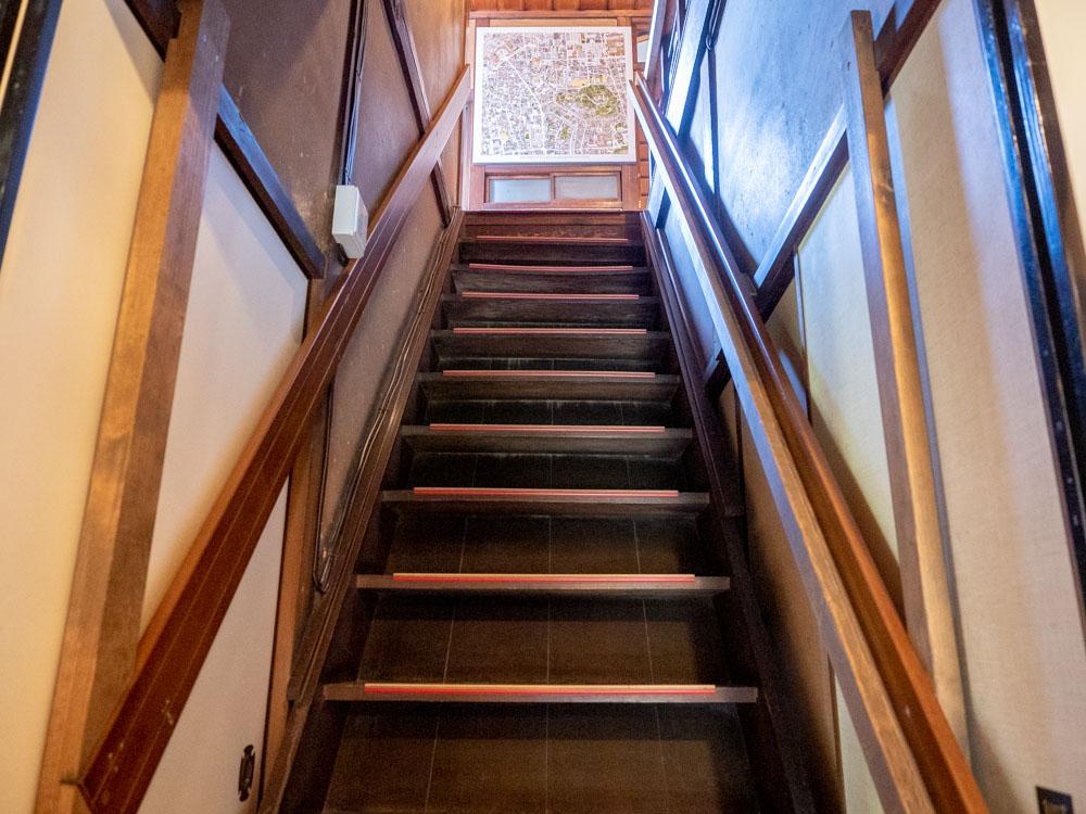 住吉町の家 分福 階段