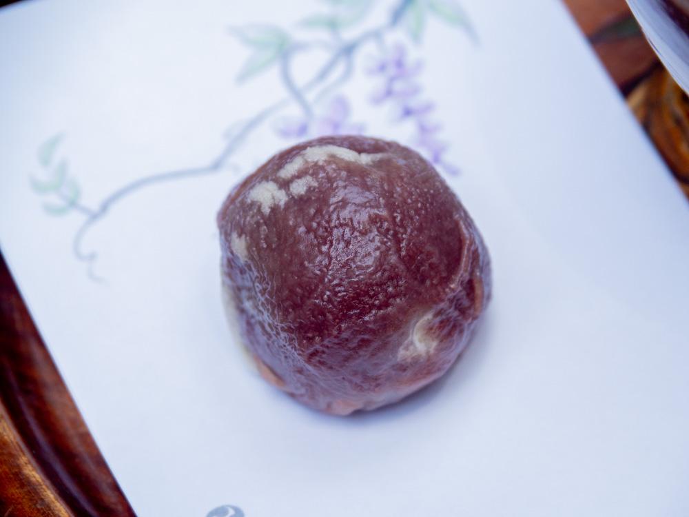 藤見の会(令和元年) 和菓子(藤戸饅頭)