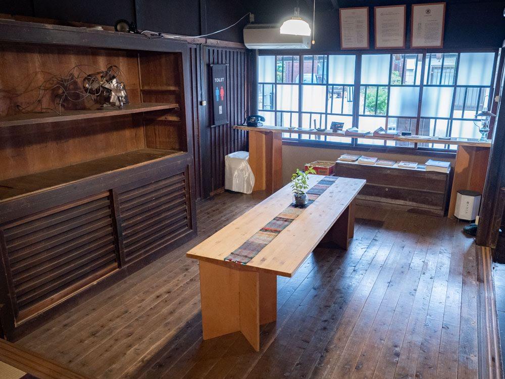 つながるカフェ [ 線 -sen- ] ギャラリースペース1