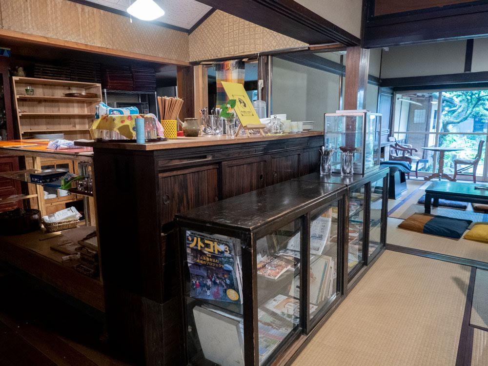 つながるカフェ [ 線 -sen- ] カウンター