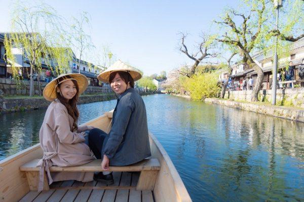 くらしき川舟流し ~ 舟ならではの目線で倉敷美観地区を眺める、優雅な体験