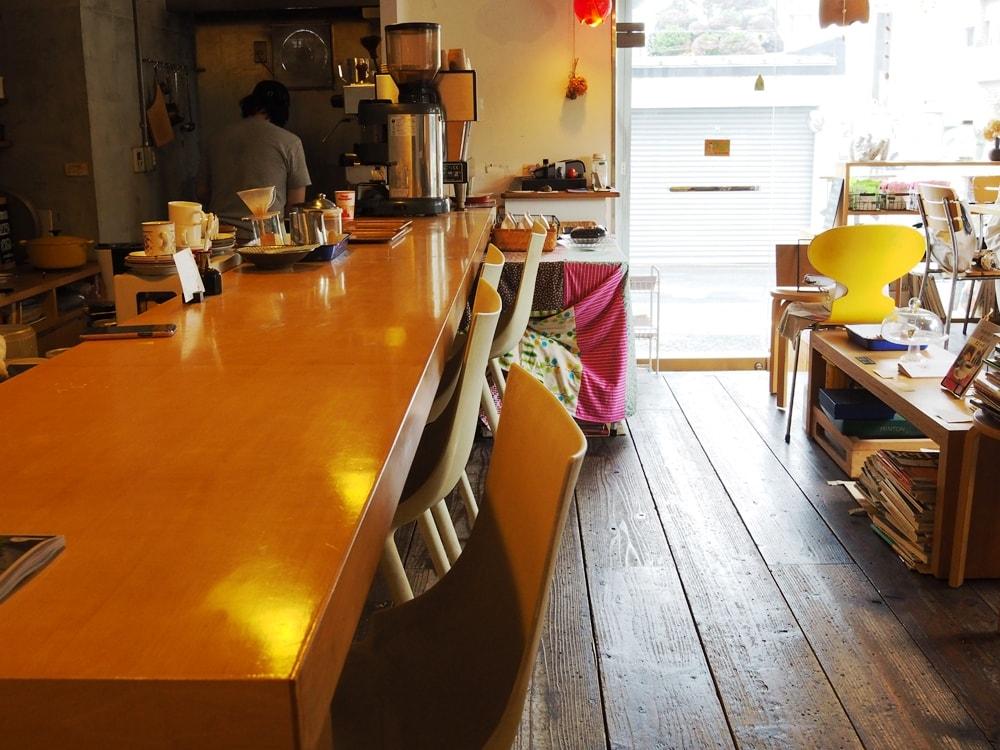 フューチャーヒャクカフェ カウンター