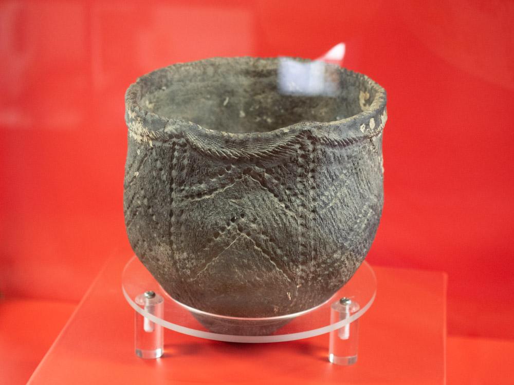 倉敷考古館:児島湾海底で発見された縄文土器