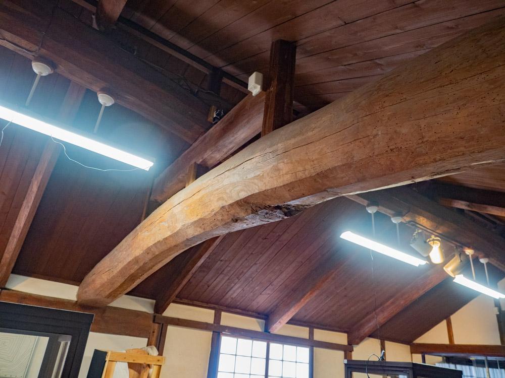 倉敷考古館:米蔵時代からある梁