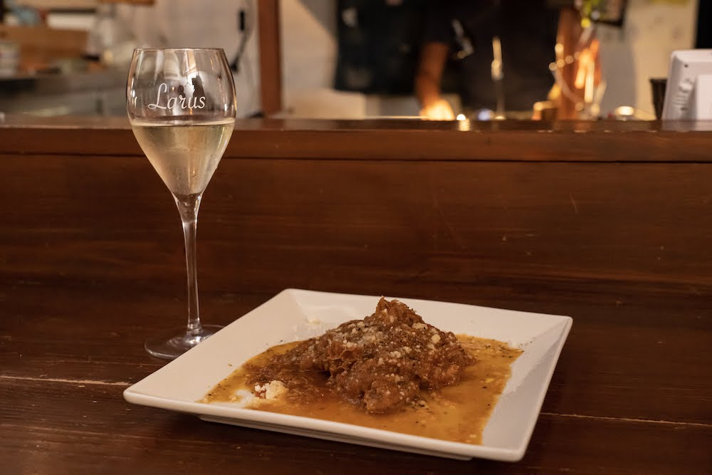 LUCE WINE&TAPAS(ルーチェ ワインアンドタパス) トリッパのトマト煮込み