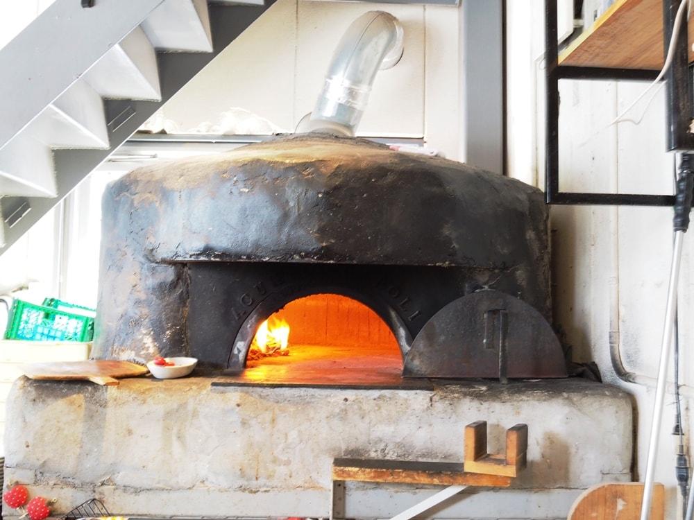 ピザドコロノーラ 石窯