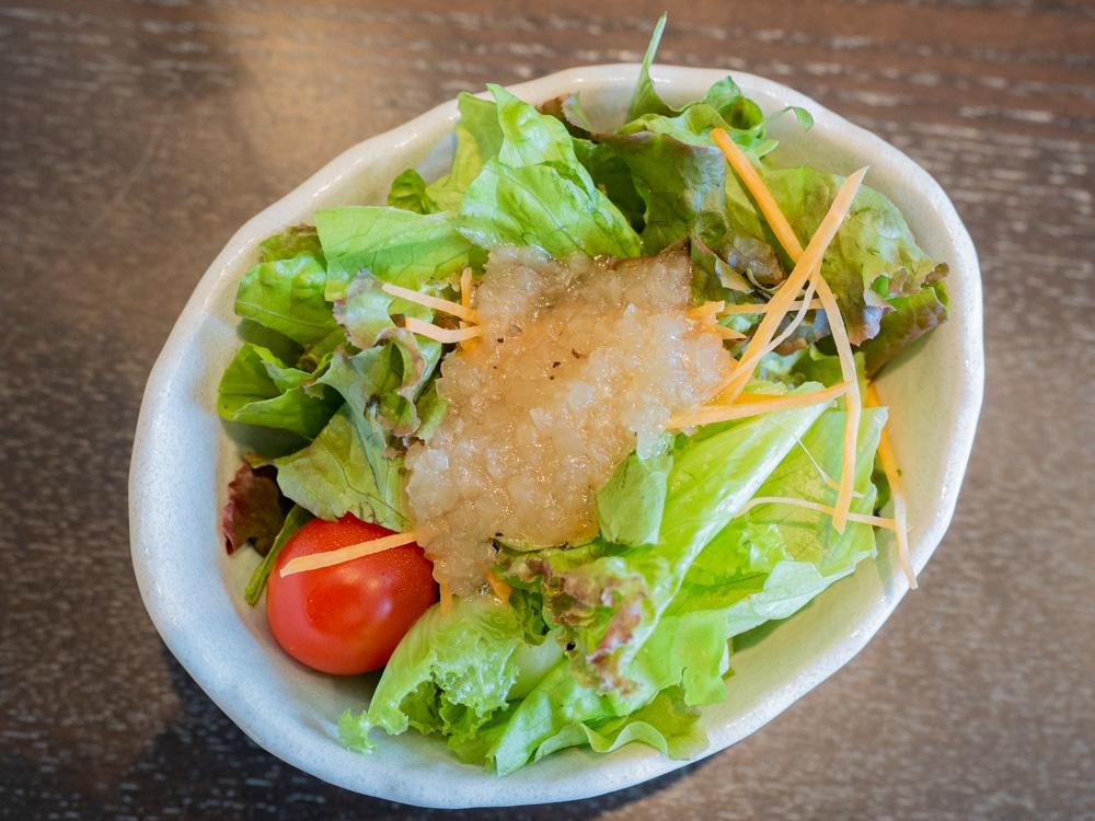 せりべの「せりべ御膳」のサラダ