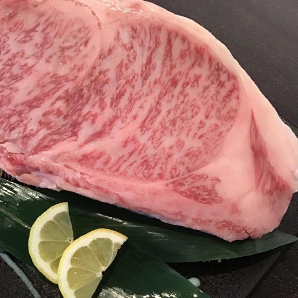 せりべのステーキ(サーロイン)(提供:せりべ)