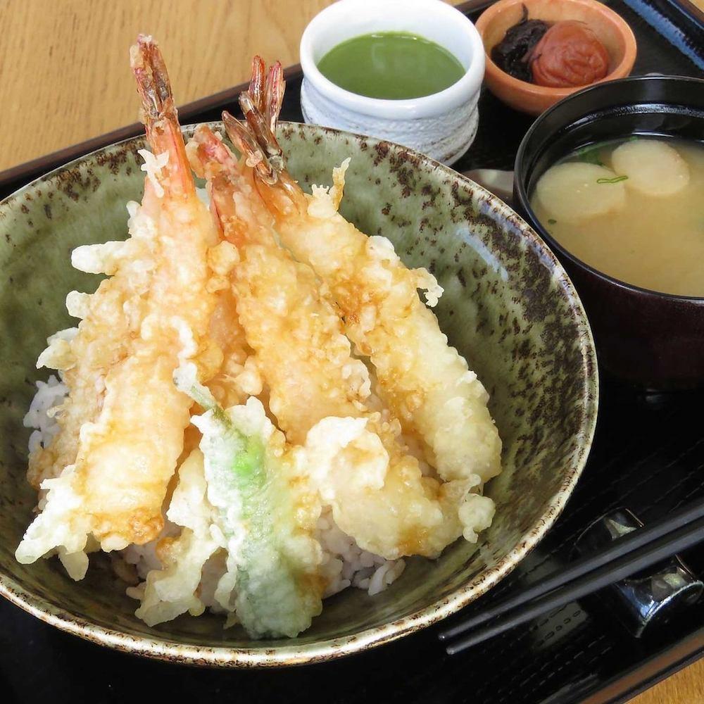 せりべの天丼(提供:せりべ)