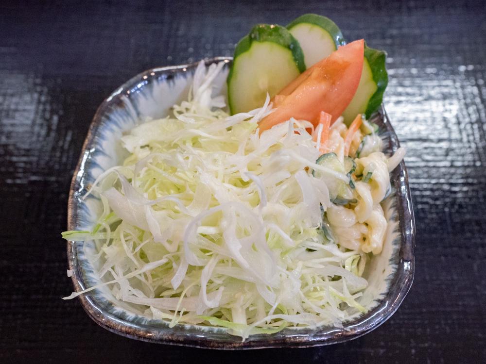 バンカー:キーマカレーのサラダ