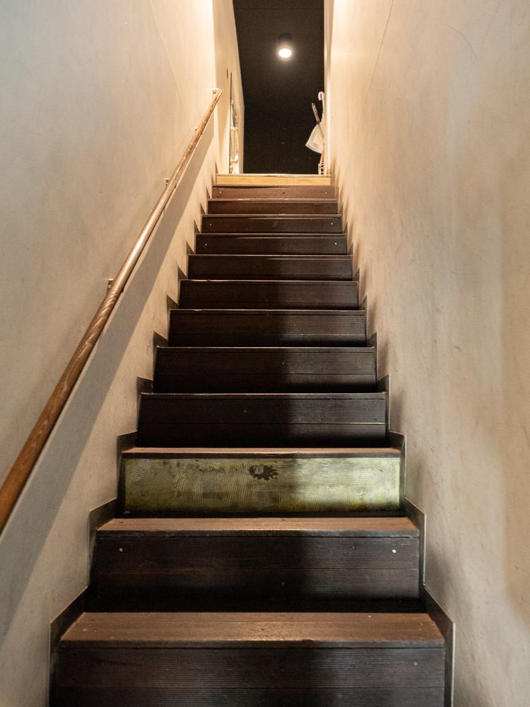 ディンプル:階段