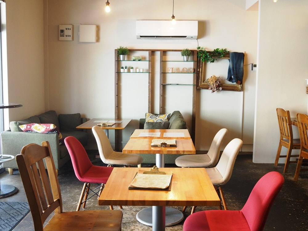 Cafe&BarFLAGO 店内