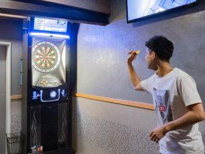 G.O.A.T(ゴート) 〜 若者が楽しく遊べるレストランバー。ダーツ・ゲーム・カラオケで盛り上がろう!