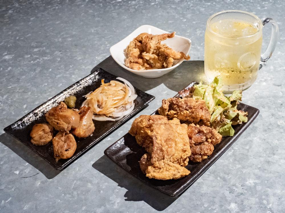 ゴート:強炭酸ハイボール&鶏のから揚げ&鶏のジューシー焼き&鶏皮ポン酢