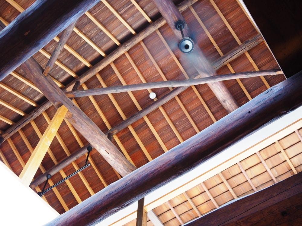 コバコーヒー 天井