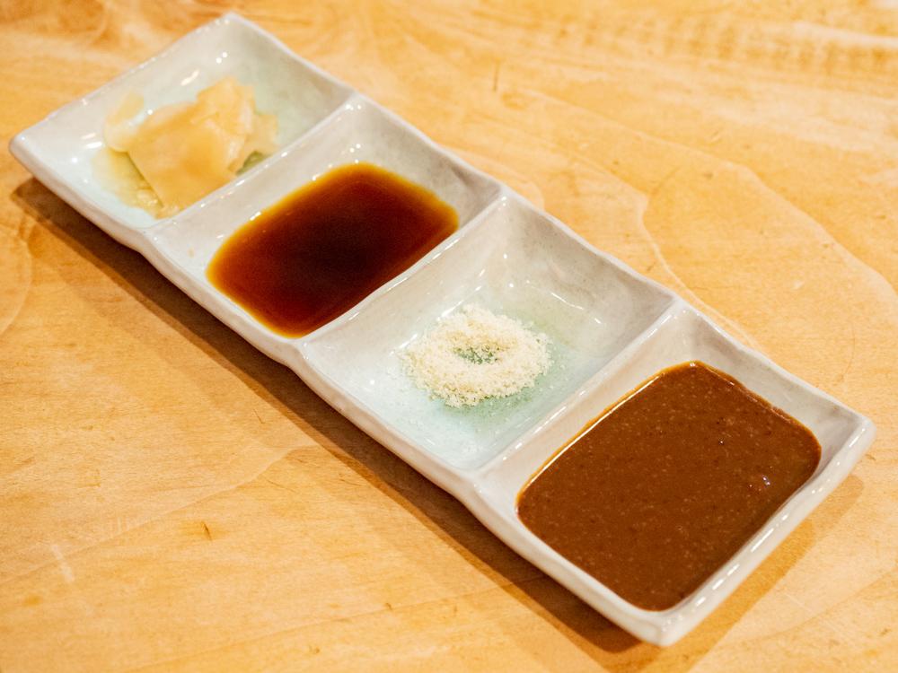 くし亭:串揚げのソース等