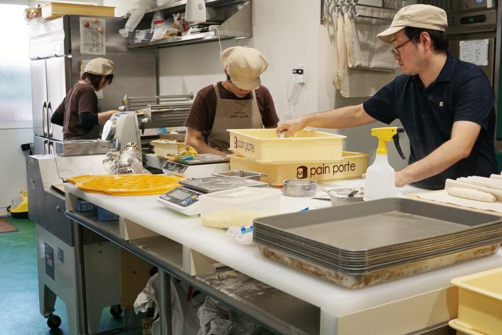 pain porte(パンポルト) パンを作るようす