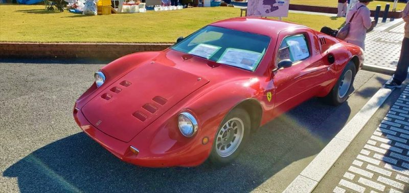 フェラーリのディーノなのに小さい