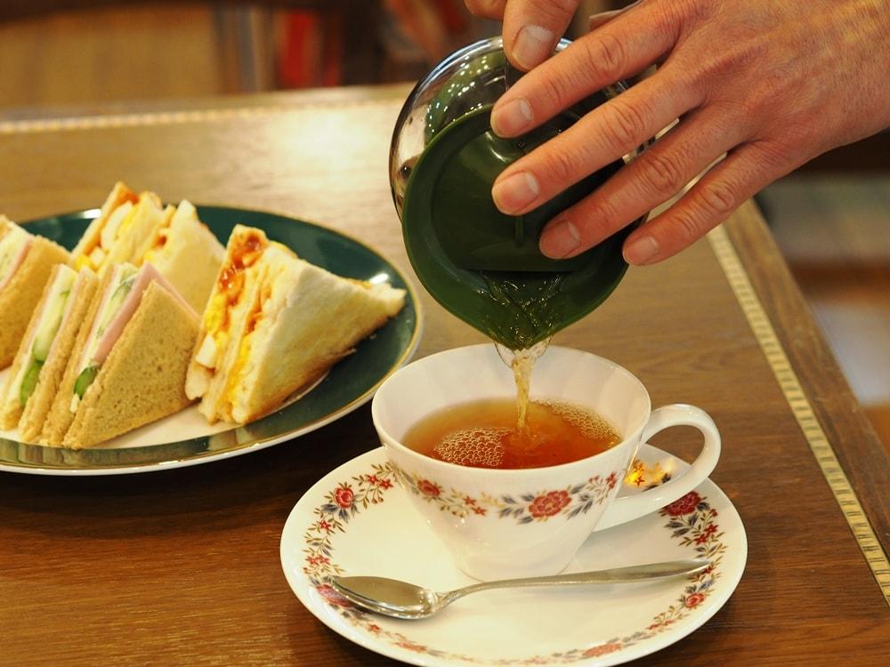 喫茶つるがた クラブハウスサンドと紅茶