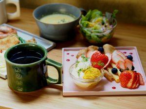 虹色商店 ~ 自然な甘さの蜜芋ペーストが美味しい!幸せの香り漂う焦がしバタークレープ専門店