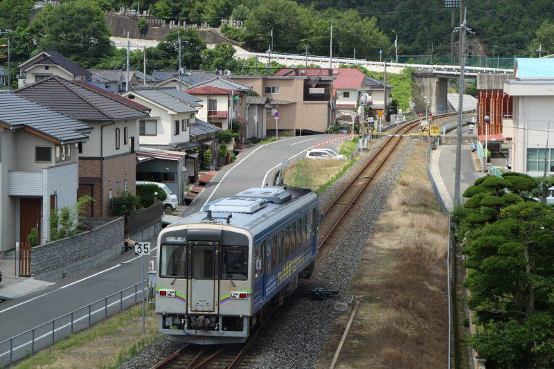 運行する井原鉄道