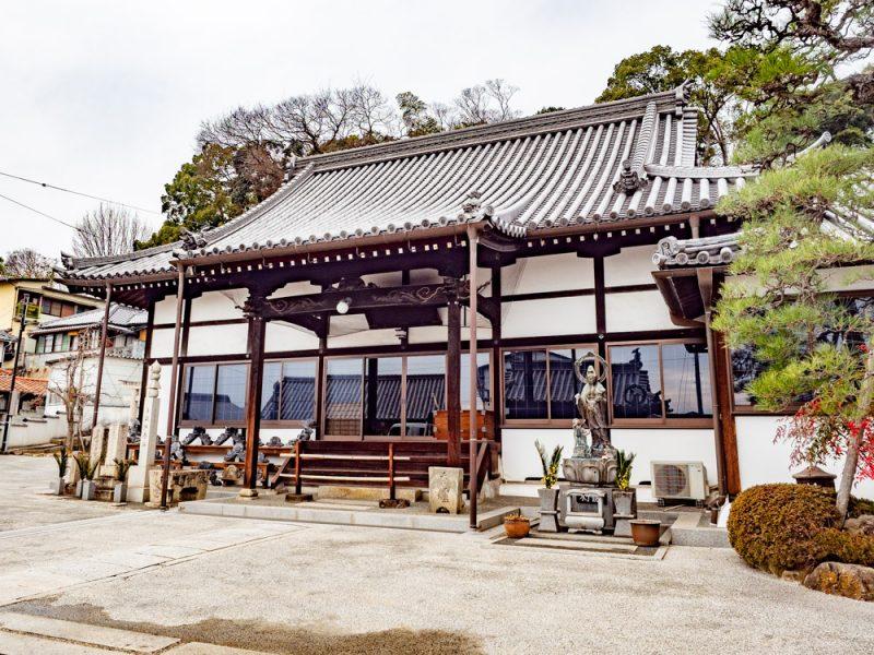 本栄寺:本堂