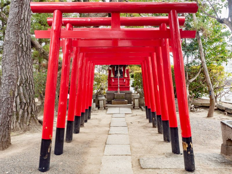 城山稲荷神社 〜 美観地区にあった城の名残をとどめる小さな神社