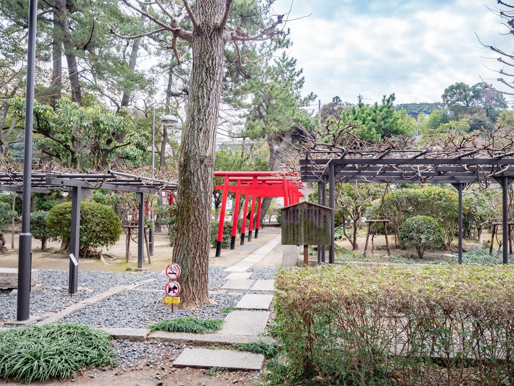 城山稲荷神社への行き方:参道口