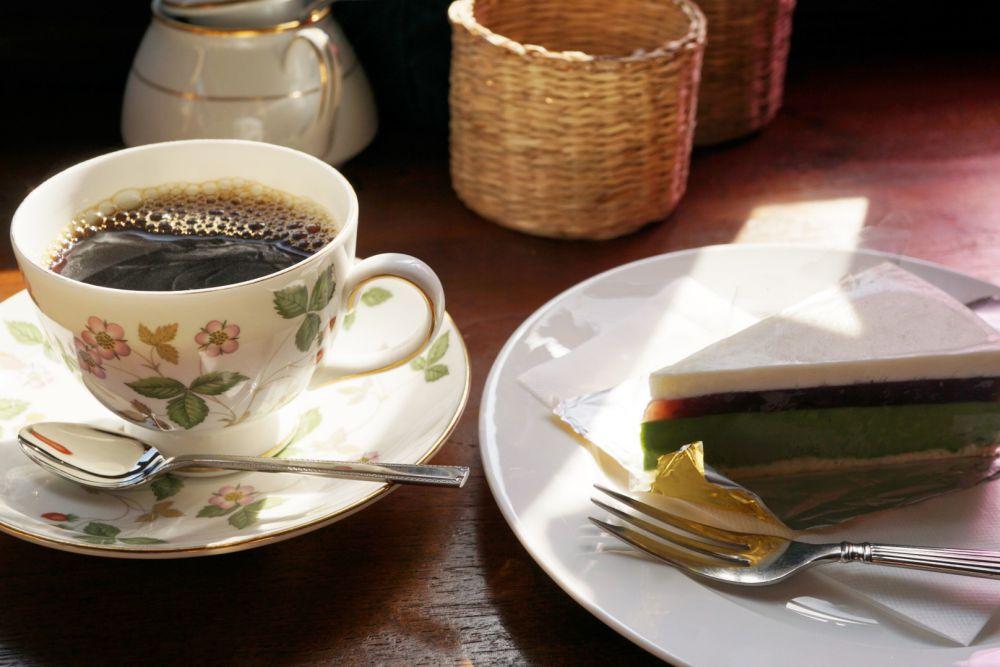 COFFEE HOUSE ごじとま ケーキとコーヒー