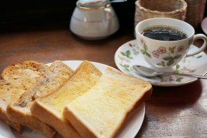 COFFEE HOUSE ごじとま ~ 40年の歴史が詰まった味わい深いコーヒーの薫りが漂う、真備町のジャズ喫茶
