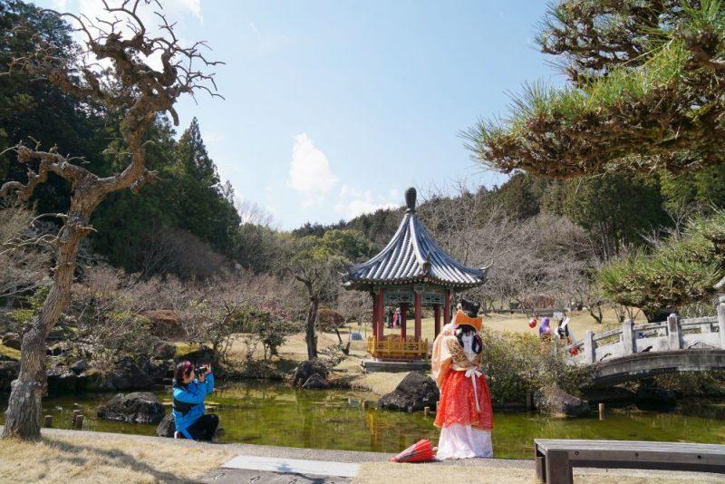 歴史あふれる中国風庭園でコスプレイベント!(令和2年3月15日開催) 〜 まきび公園の魅力を伝えるイベント