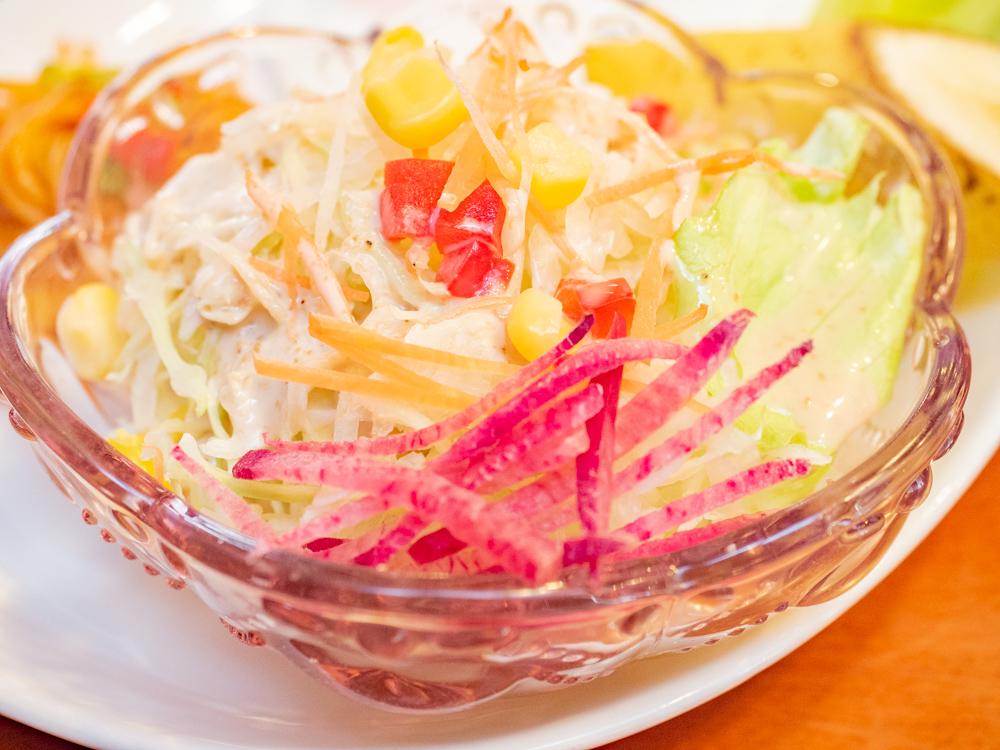 アシェット:カツサンドモーニングのサラダ