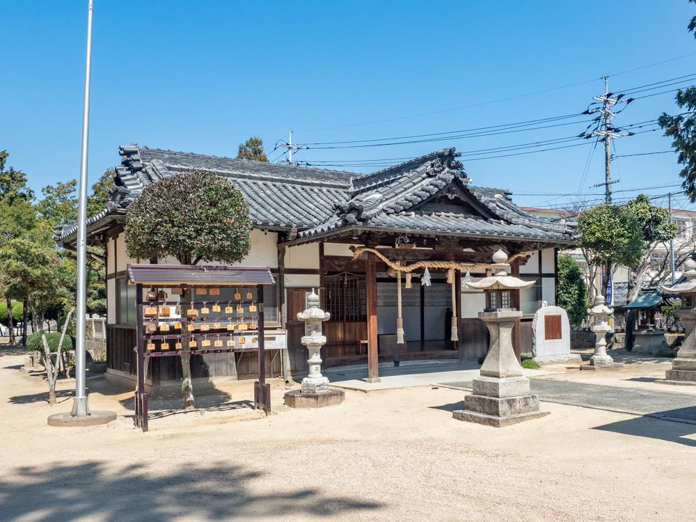 春日神社:拝殿