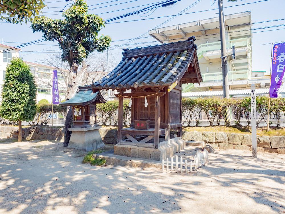 春日神社:境内社