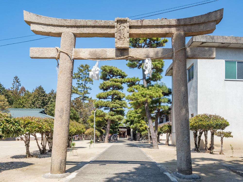 春日神社:鳥居