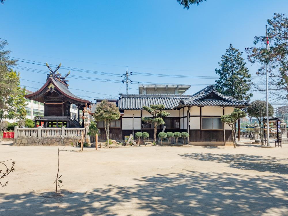 春日神社:社殿