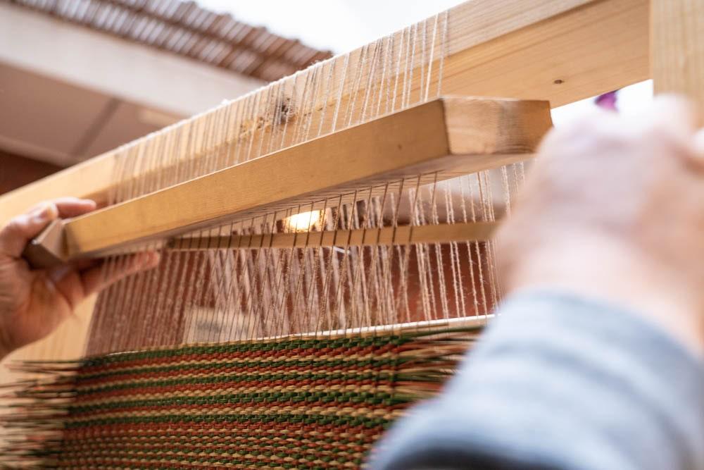 いぐさ屋花莚 手織り機