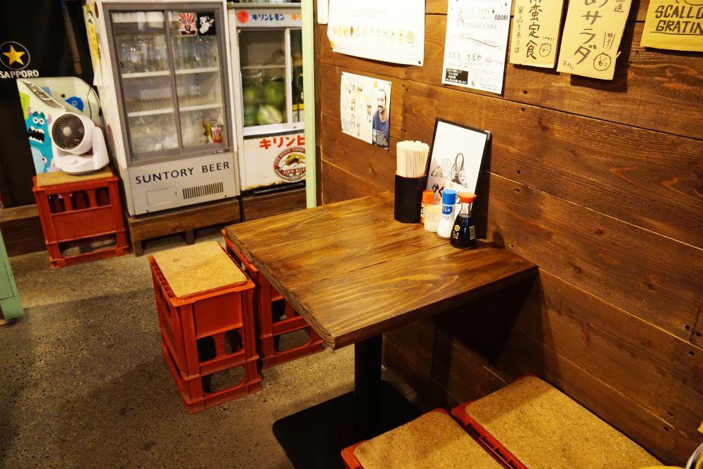 ノラネコ食堂真備店 テーブル席
