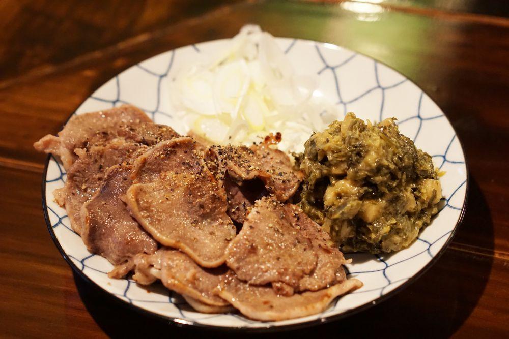 ノラネコ食堂真備店 豚タン焼き