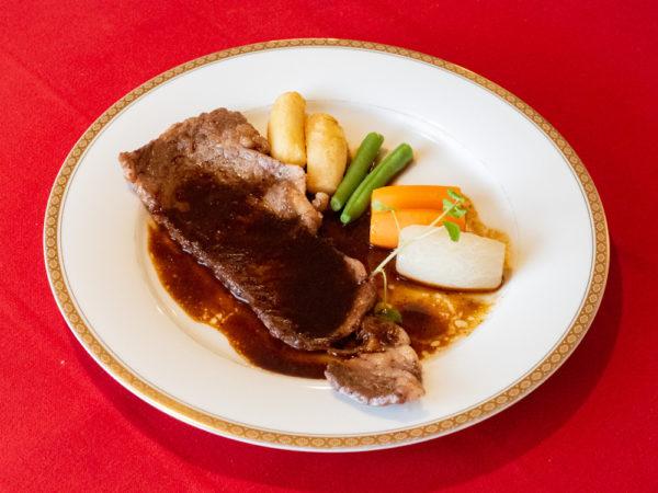 リヨン 〜 水島で40年愛される老舗レストラン。2ヶ月かけてつくるこだわりのドミグラスソースが自慢