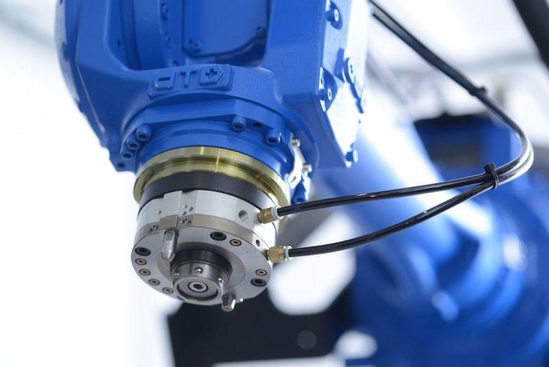 松本鉄工 〜 産業用ロボットシステムで日本の未来を創る「ロボットシステムインテグレータ」